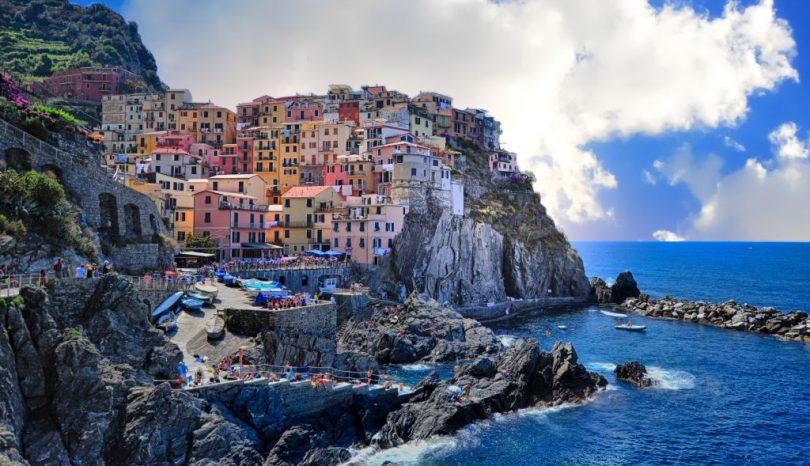 Czy warto inwestować w nieruchomość za granicą?